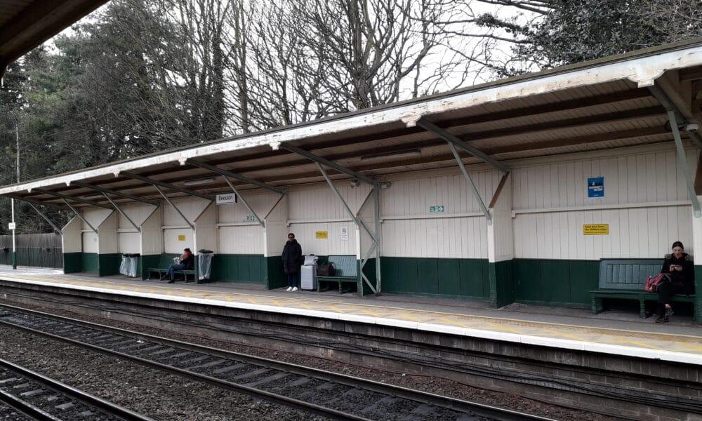 Beeston Station platform