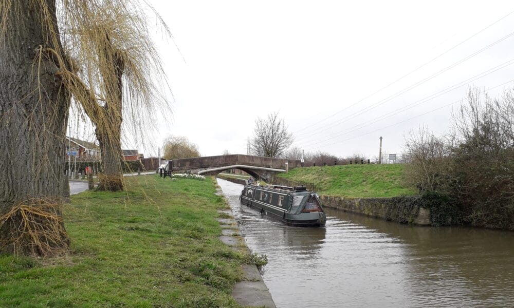 Beeston canal boat