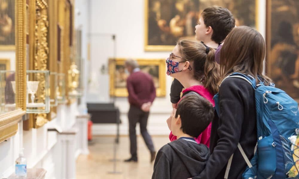 Family admiring Castle artwork
